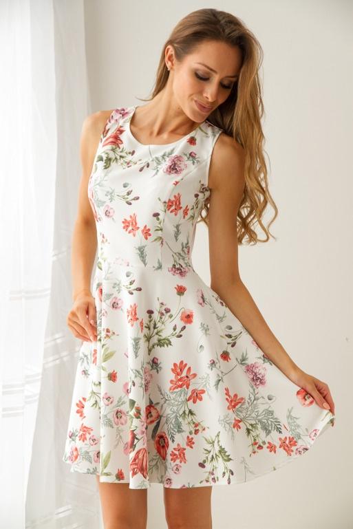 Jak nowa sukienka w kwiaty S