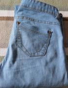 Jeansy niebieskie cienkie...