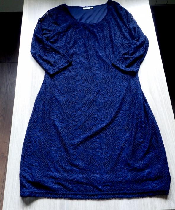 Elegancka koronkowa granatowa sukienka Fransa L...