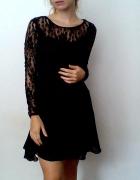 Czarna sukienka Clockhouse XS koronka długi rękaw