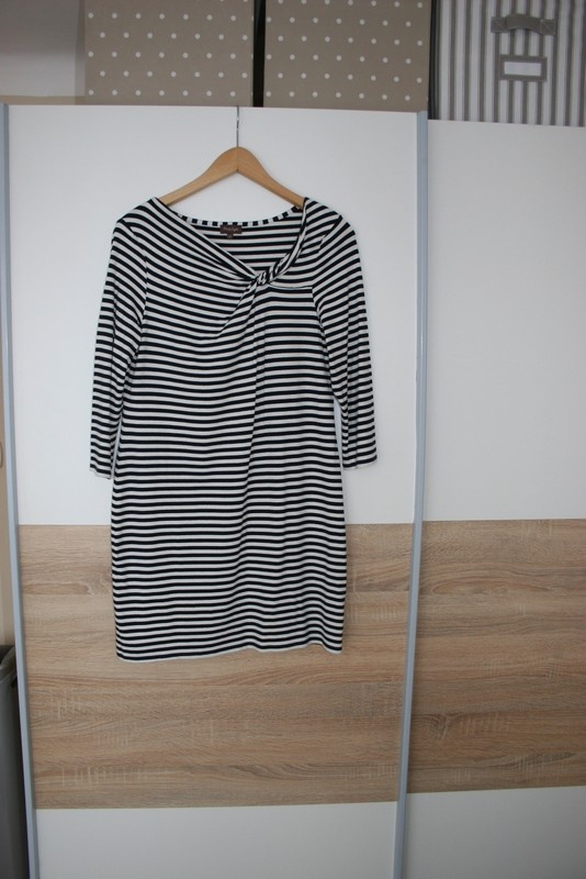 sliczna sukienka lub tunika