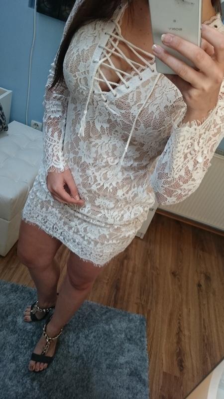 Kremowo beżowa sukienka koronkowa XS S