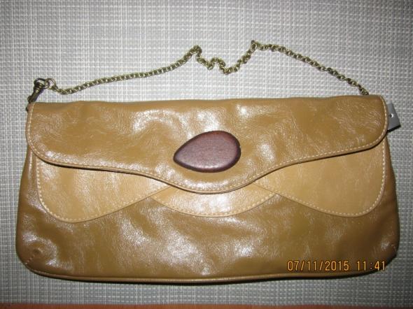 Markowa torebka kopertówka