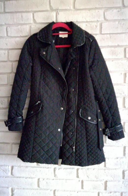 Pikowany płaszcz z elementami ekoskórki 10 38