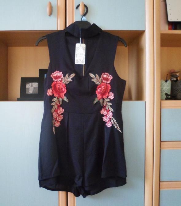 Nowy z metką czarny kombinezon krótki szorty floral choker kwiaty