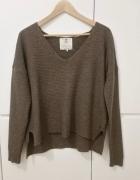 Kawowy sweterek z welna alpak a Pulz Jeans...