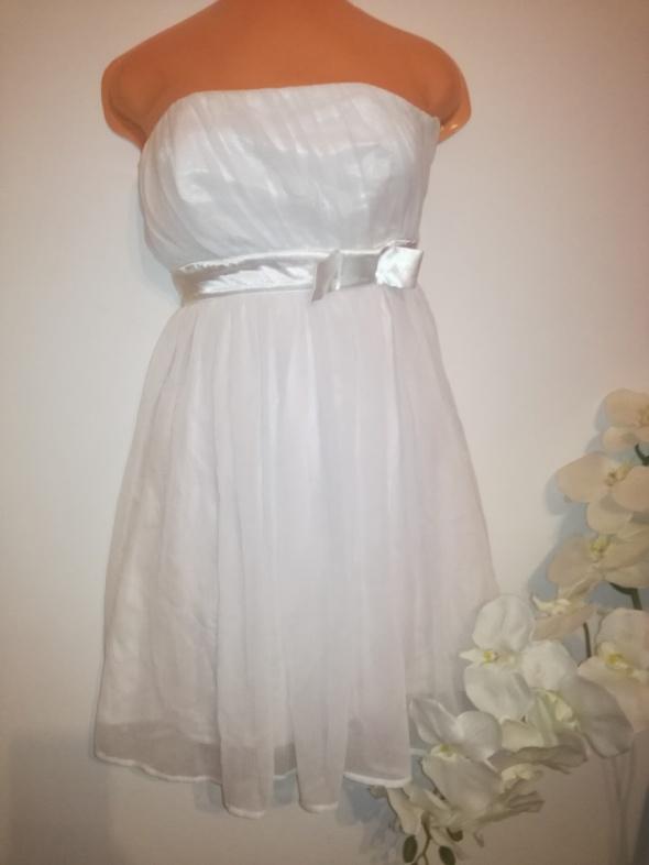 Suknia sukienka ZOUL rozmiar 32 zwiewna delikatna