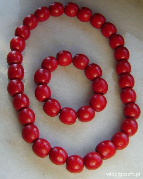 czerwone korale z bransoletka