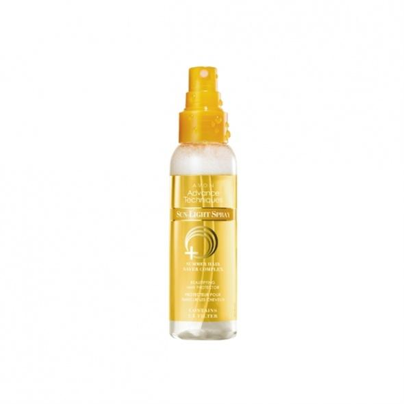 Upiększający spray ochronny UV Avon