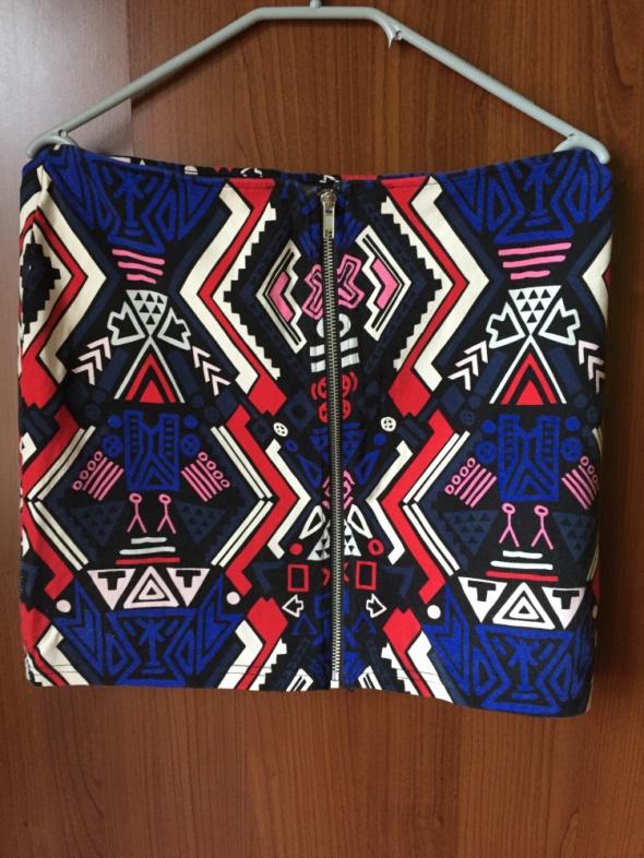 Krótka Spódniczka we wzroy H&M