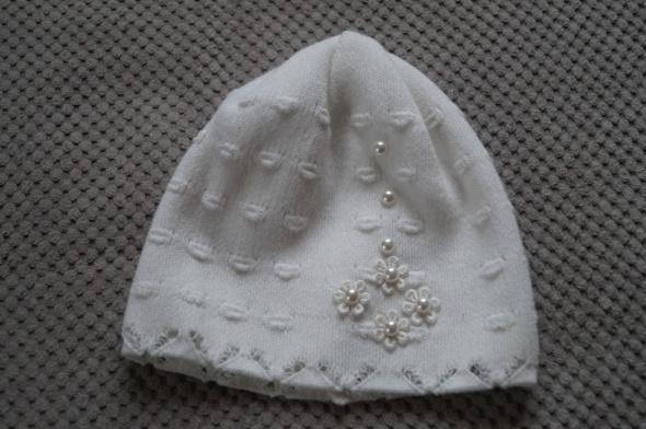 wiosenna czapeczka perełki