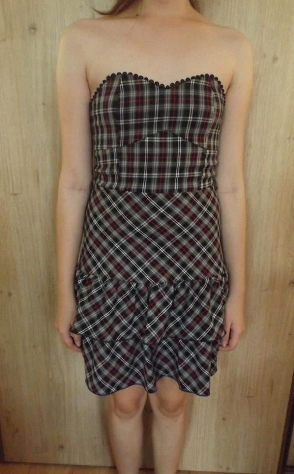 Sukienka Fishbone XS w kratę