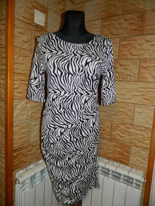 VILA dopasowana sukienka zebra roz L