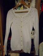 Biały sweterek MOHITO XS kamyczki