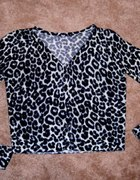 Śliczny sweterek pantera S