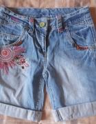 Jeansowe spodenki 146...