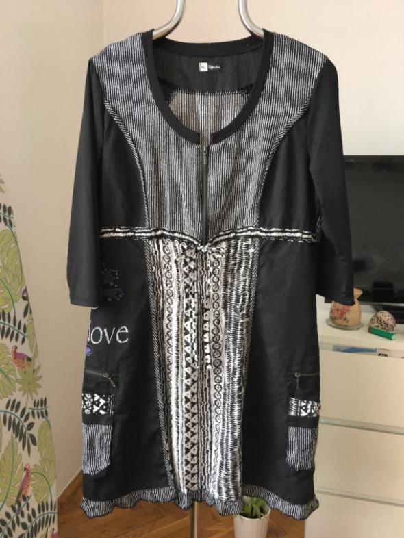 Czarnobiala tunika koszulowa z kieszeniami xl
