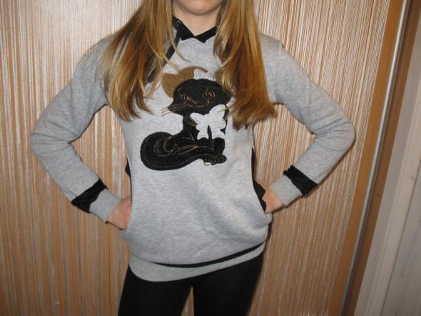 Ciepła szara bluza z kotem