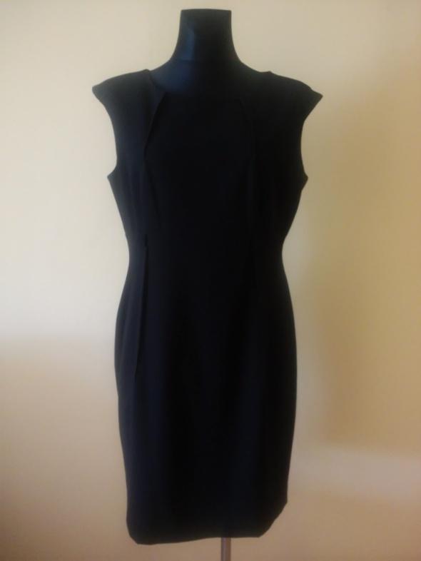 Calvin Klein czarna sukienka...