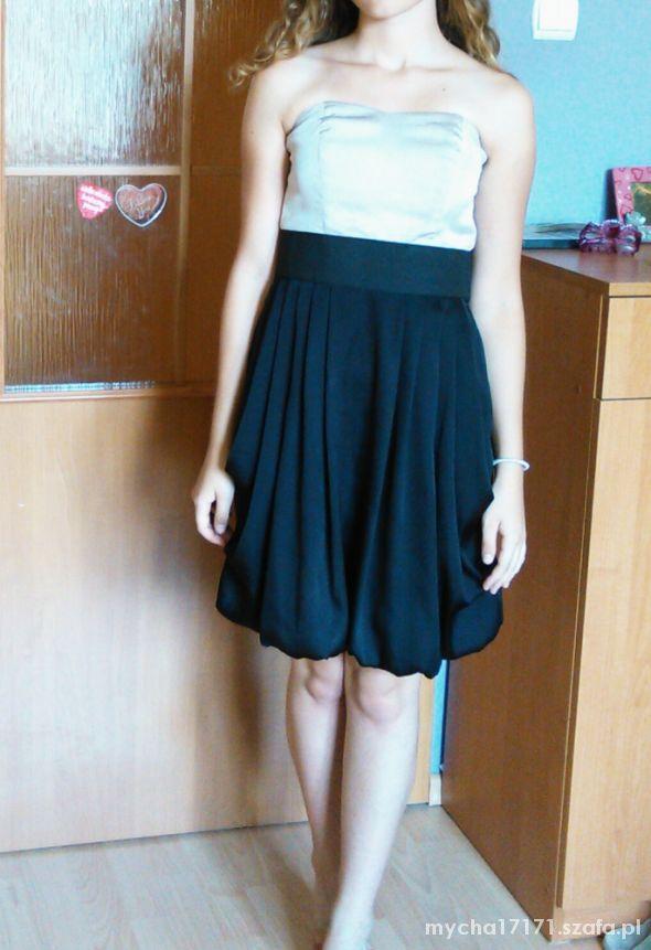Sukienka tulipan bombka H&M