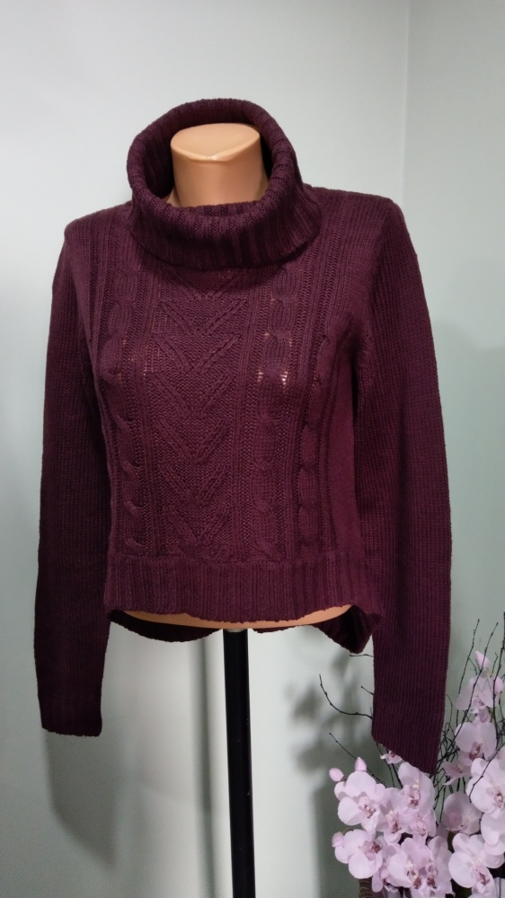 sweter z golfem M