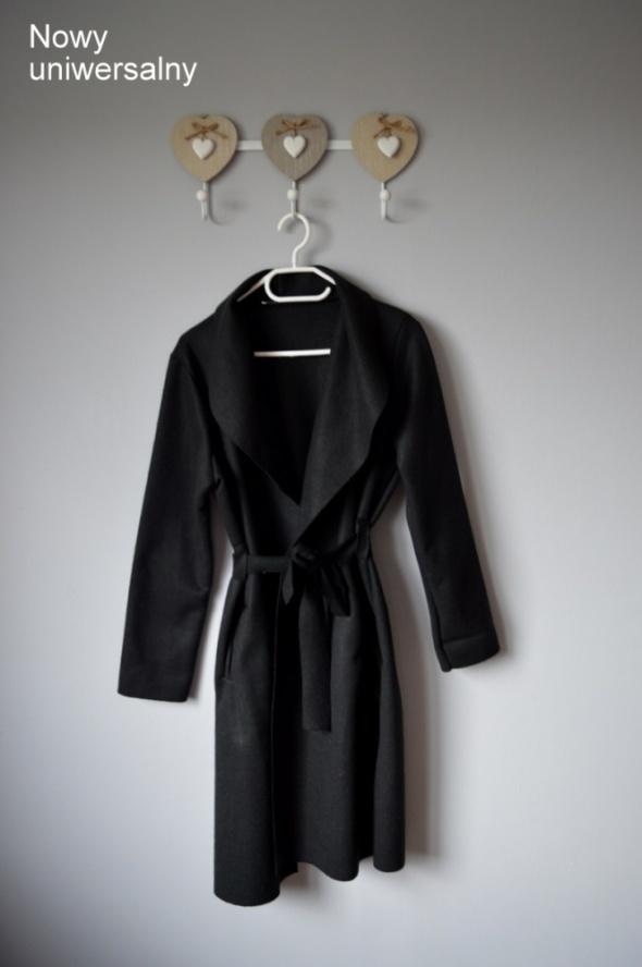 płaszcz nowy czarny uniwersalny