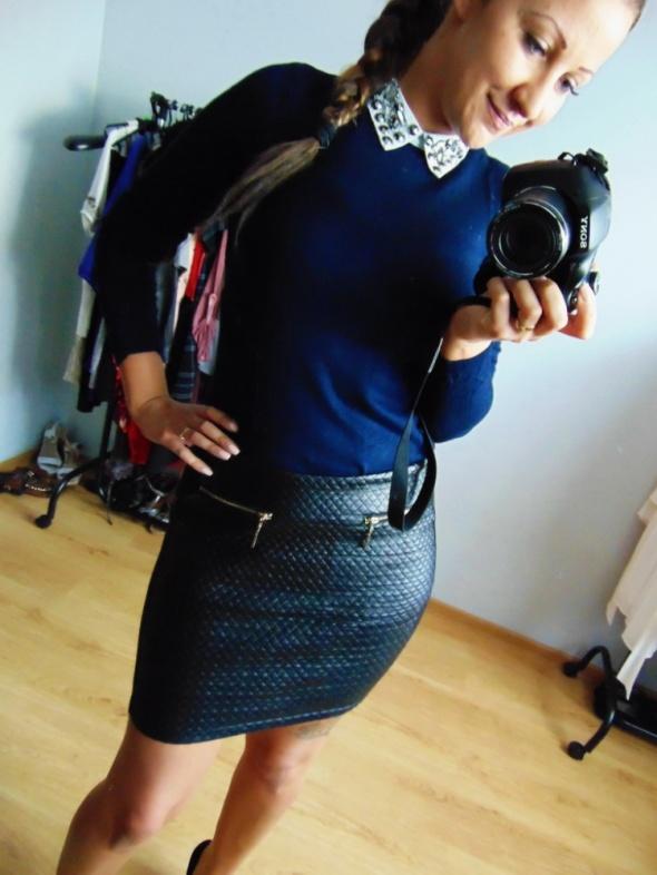 Czarna elegancka spódnica Giorgia 40 L skóra