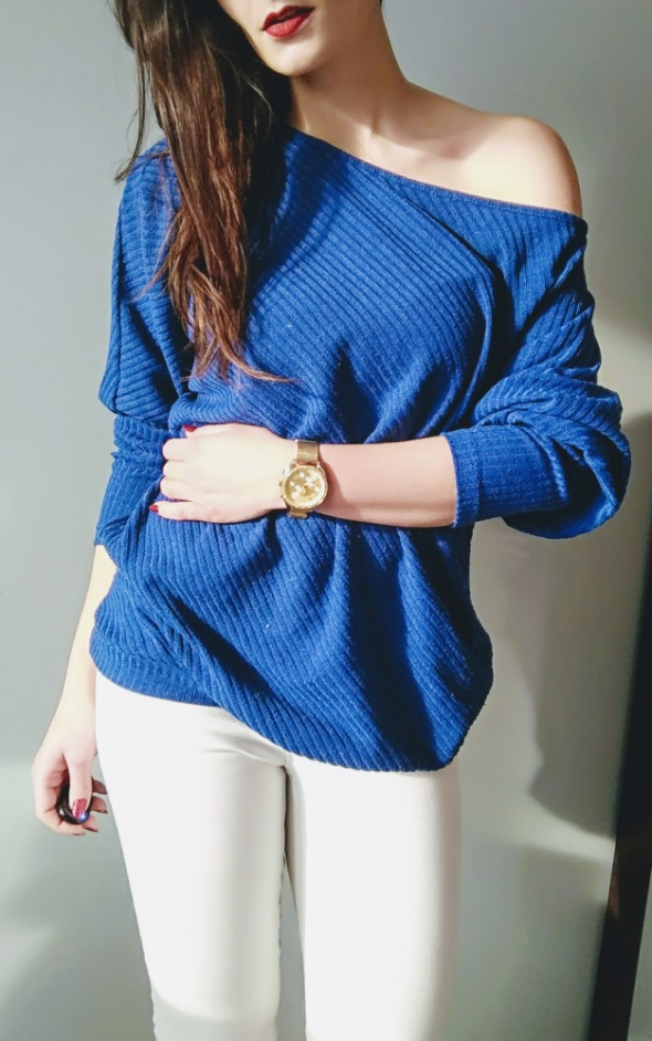 Sweterek oversize niebieski cold arm