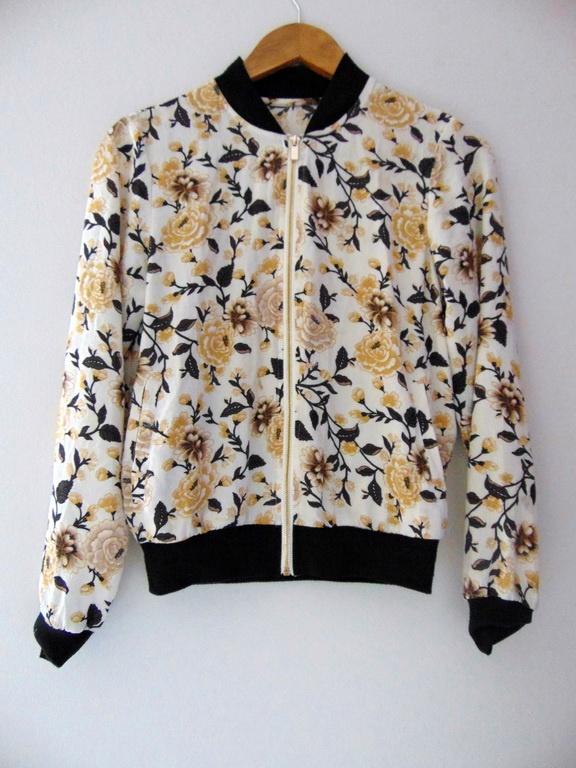 Kurtka bluza bomberka 34 XS kwiaty lato moda