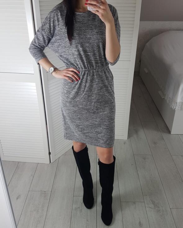 Lindex sukienka M L szara melanżowa z gumką w pasie przed kolano midi
