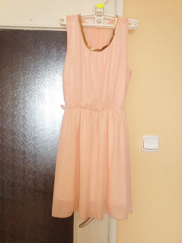 Sukienka grecka grecki krój delikatna pastelowa z zdobieniem na...