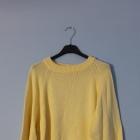 Żółty sweter oversize onesize jesień autumn