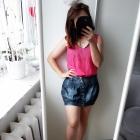 Krótka jeansowa spódniczka
