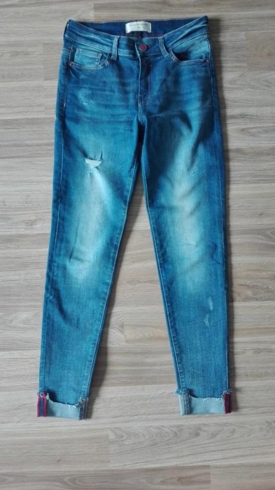 jeansy z dziura wysoki stan Reserved M...