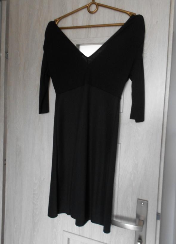 sukienka czarna zara ramiona