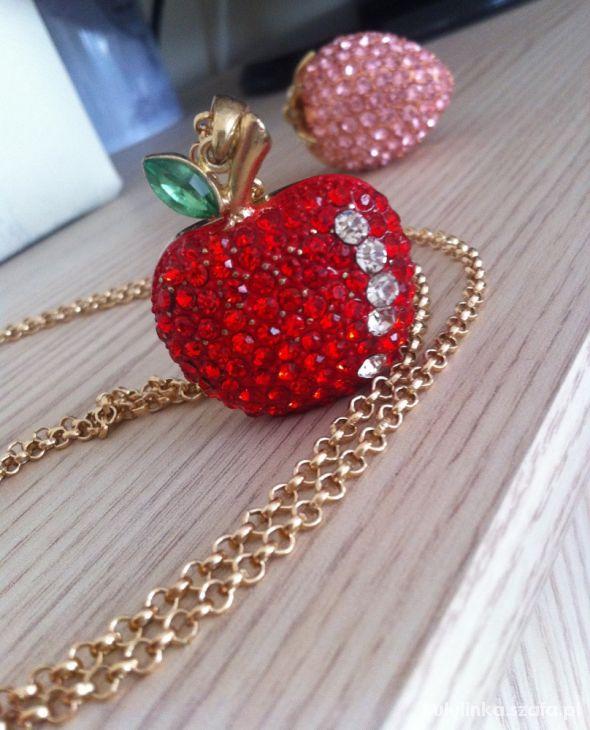 Cyrkoniowy owoc czerwone jabłuszko...