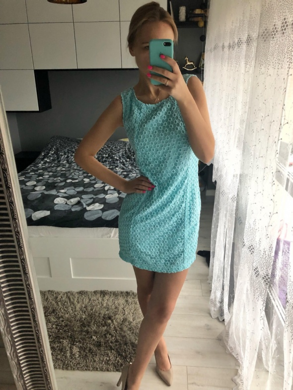 błękitna sukienka S