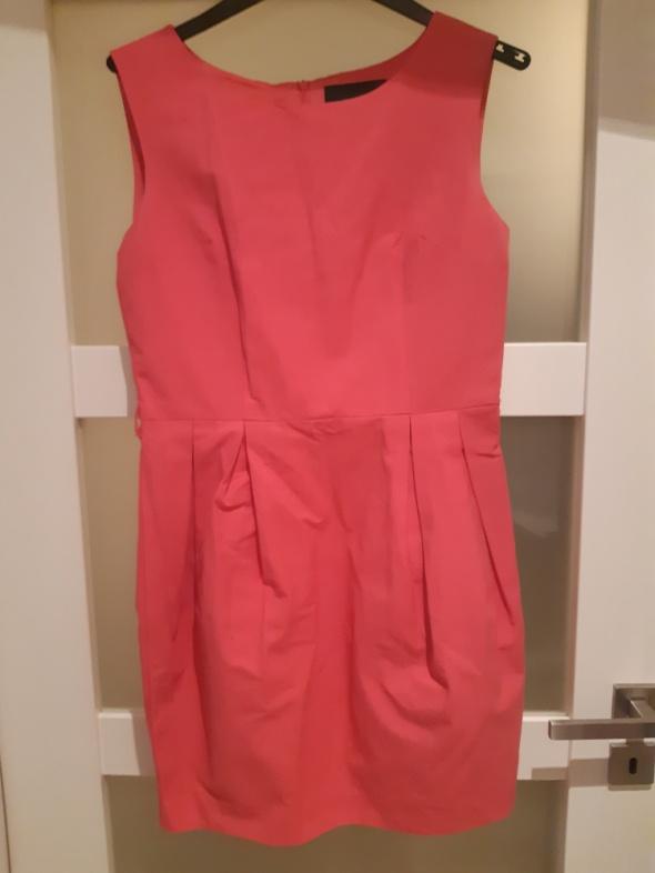 Różowa sukienka top secret rozm 40 WAW...
