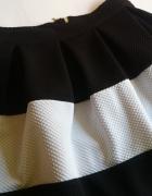 Spódniczka czarno biala 36...