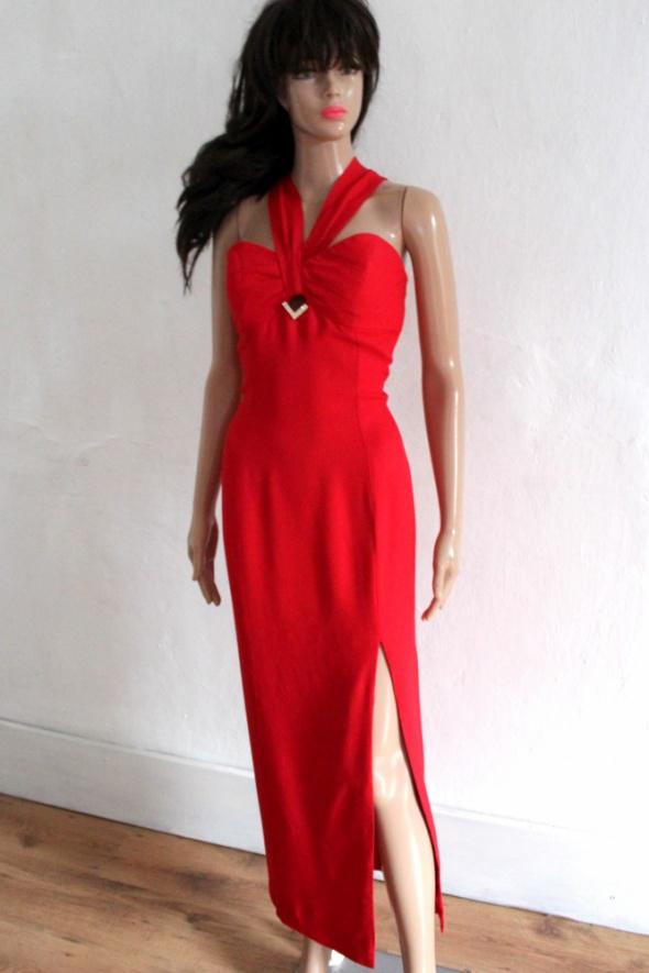 Elegancka czerwona suknia wieczorowa z rozporkiem r M...