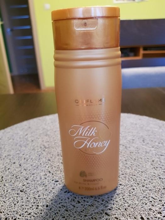Szampon do włosów Milk & Honey Gold