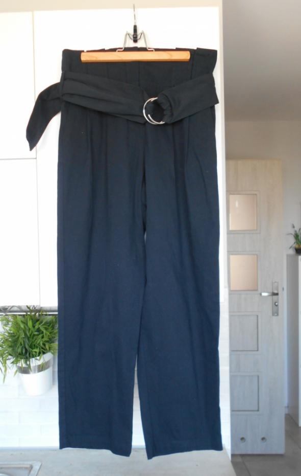 Zara nowe granatowe spodnie paperbag z paskiem sprzączka...