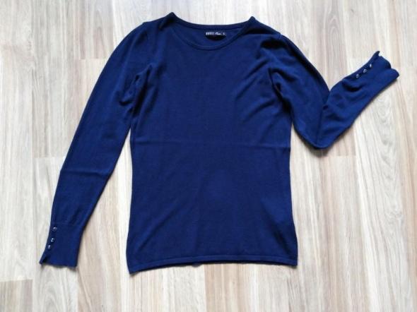 granatowy sweter S