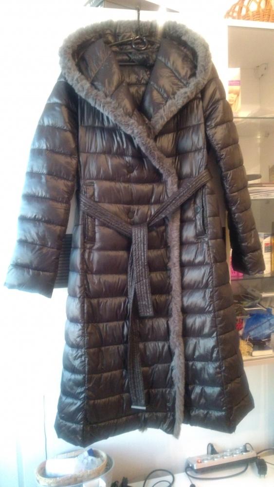 Płaszcz z futerkiem