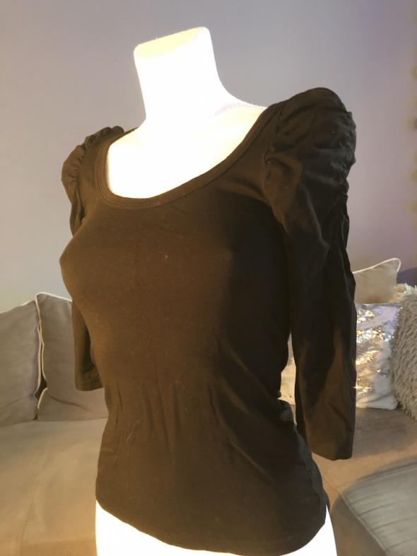 Bluzki Bluzka czarna z pufkami