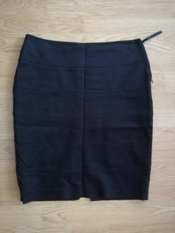 Czarna elegancka spódnica Pretty Girl rozmiar 38...