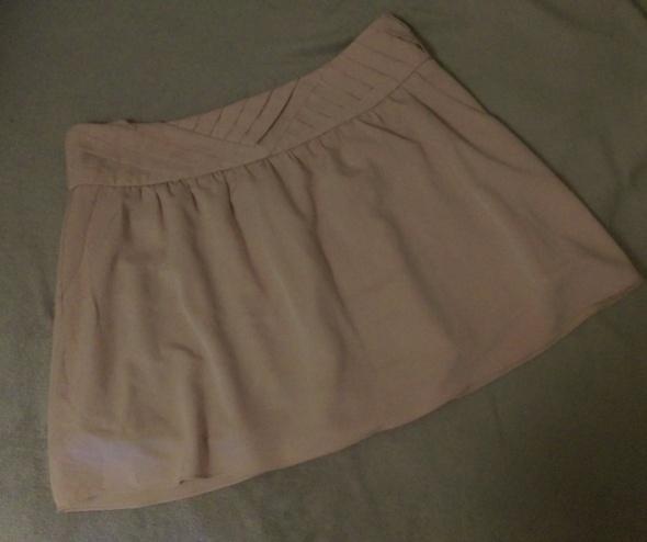 Spódnice pudrowa spódnica