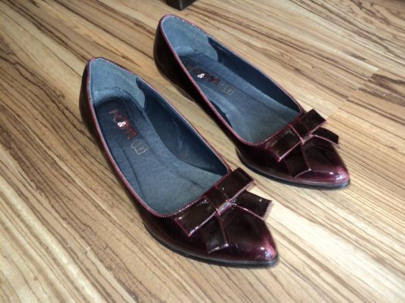 Pantofelki do sukienki 38