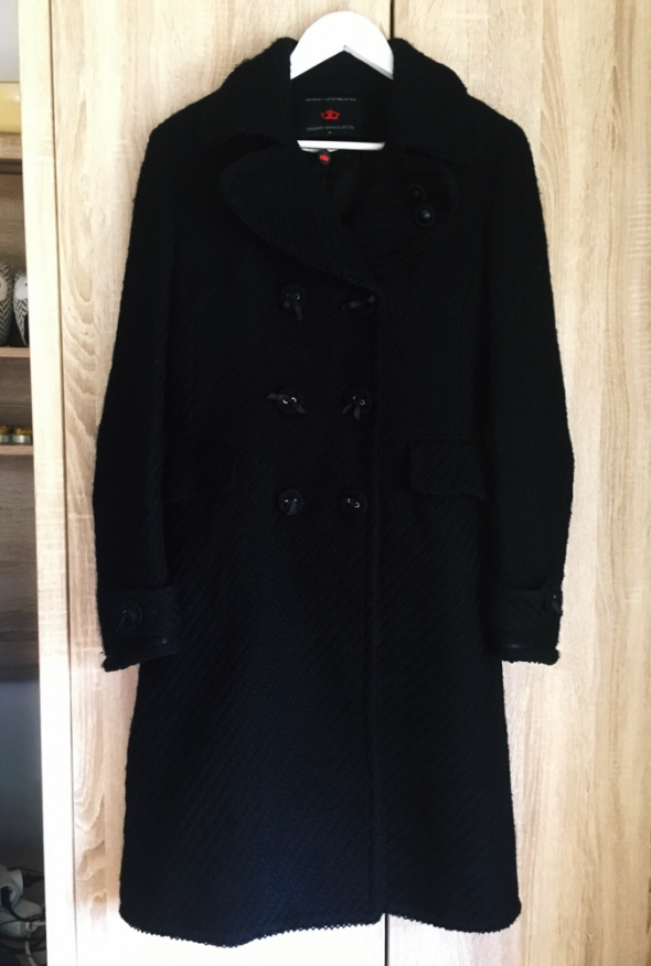 czarny płaszcz elegancki długi M