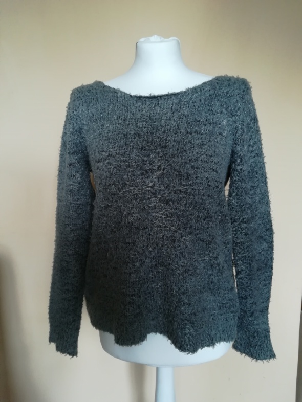 Szary sweter H&M...
